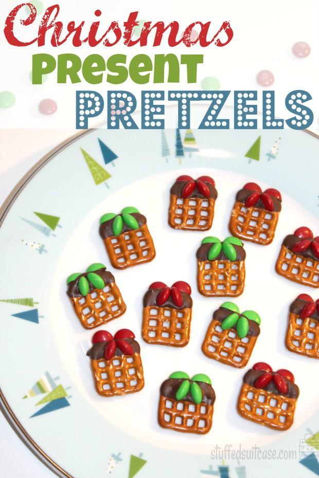 Christmas pretzels holiday treats