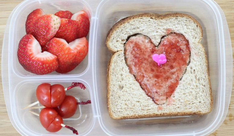 Quick and Easy Valentine's Day School Lunch Ideas