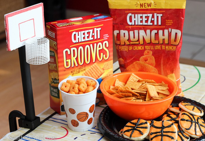 Great game and snacks perfect for a basketball party theme