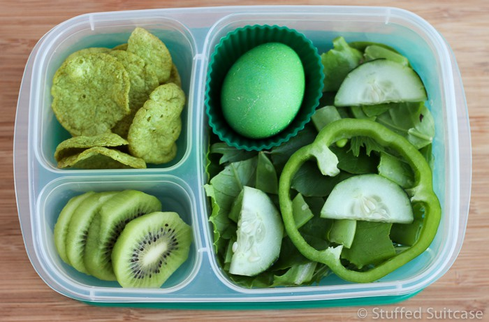 Pack a green lunch for St Patrick's Day fun! Green food ideas from StuffedSuitcase.com