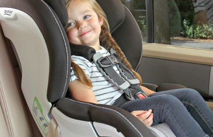 Keep your children safe and know the common car seat mistakes and how you can install a car seat safely. Plus learn tips to help keep your kids safe and comfortable on family road trips.
