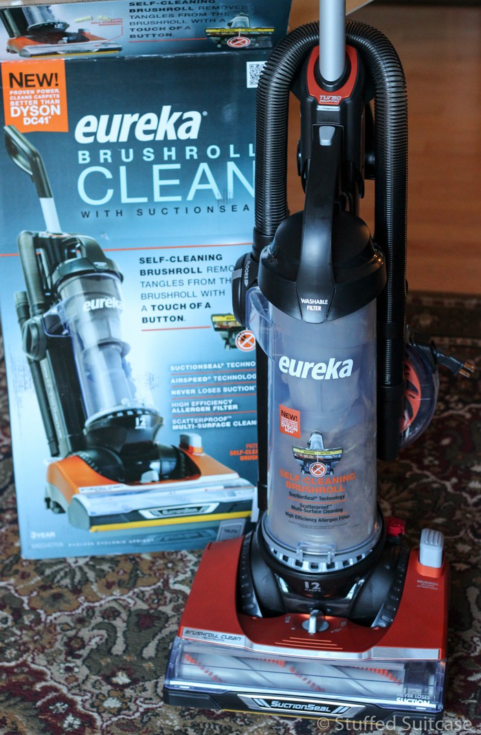 Let's see how the Eureka Brushroll Clean™ with SuctionSeal® works!