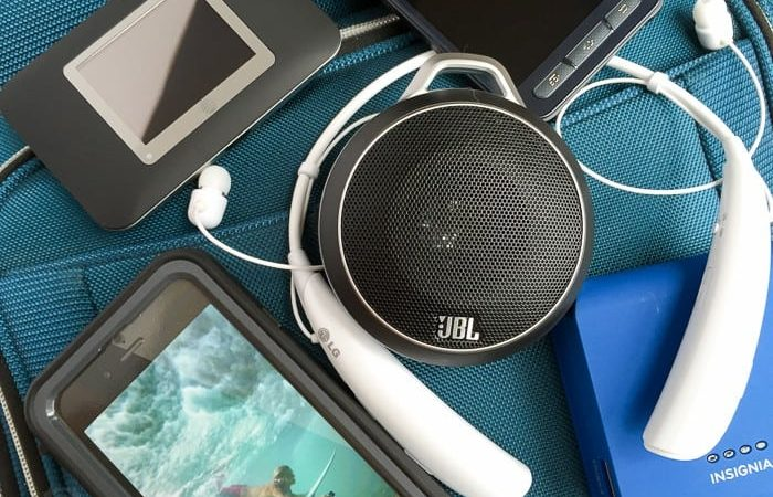 Travel Tech Gadgets to Pack on Your Next Vacation