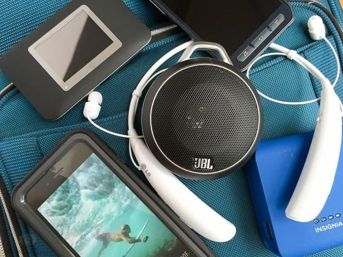 Travel-Tech-Gadgets-1