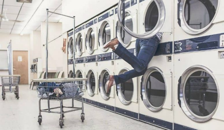 Tips for Doing Laundry on Vacation :: A to Z Packing Tips