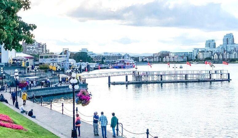 clipper ferry in Victoria harbor