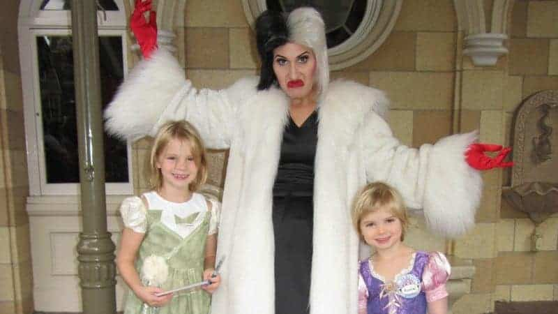 Meeting Cruella de vil at Disneyland