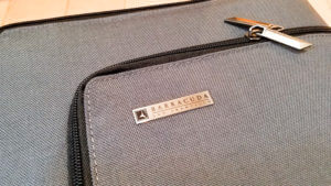 Barracuda Suitcase – Collapsible and Trackable Luggage