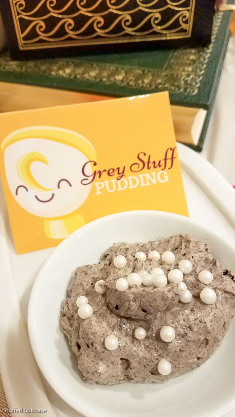 Easy to make & fun recipe for grey stuff from Disney Beauty and the Beast © Stuffed Suitcase