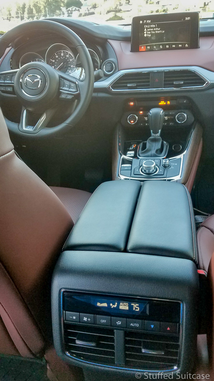 View from the back - second row climate control in Mazda CX-9 Signature | © Stuffed Suitcase