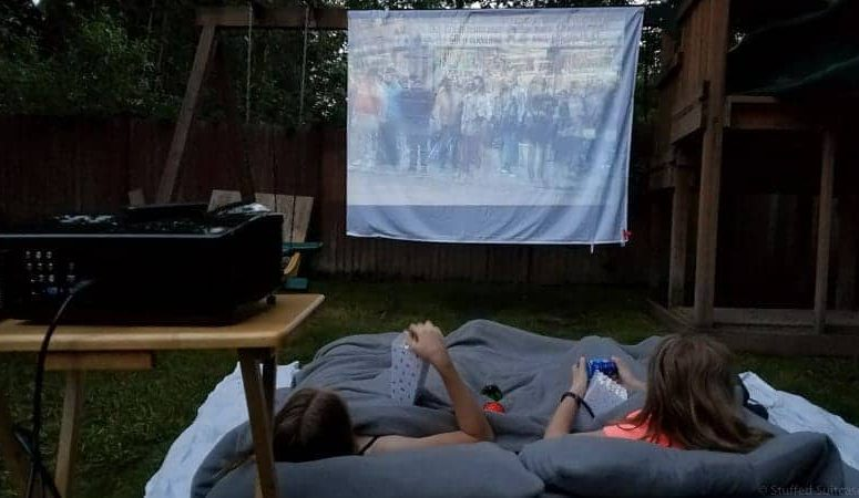 Tips And Secrets From Our Experience Putting Together A DIY Backyard Movie  Screen For Outdoor Family