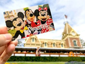 Disney MaxPass Secrets and Best Disneyland FASTPASS Tips