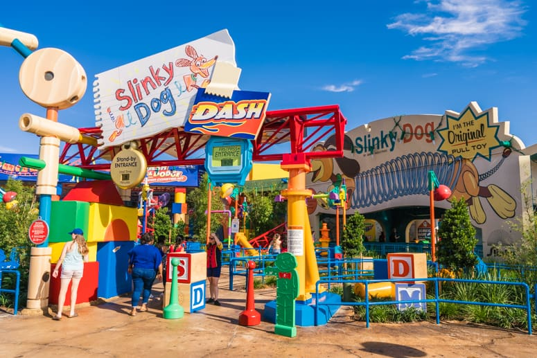 slinky dog dash ride in toy story land disney world hollywood studios