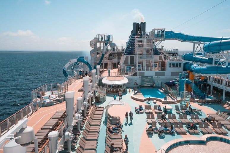 aqua park pool deck norwegian bliss