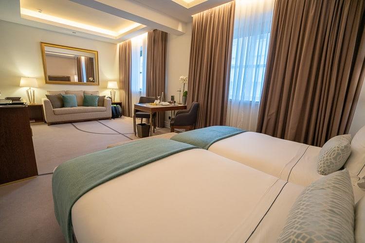 family room at tivoli avenida liberdade lisbon hotel