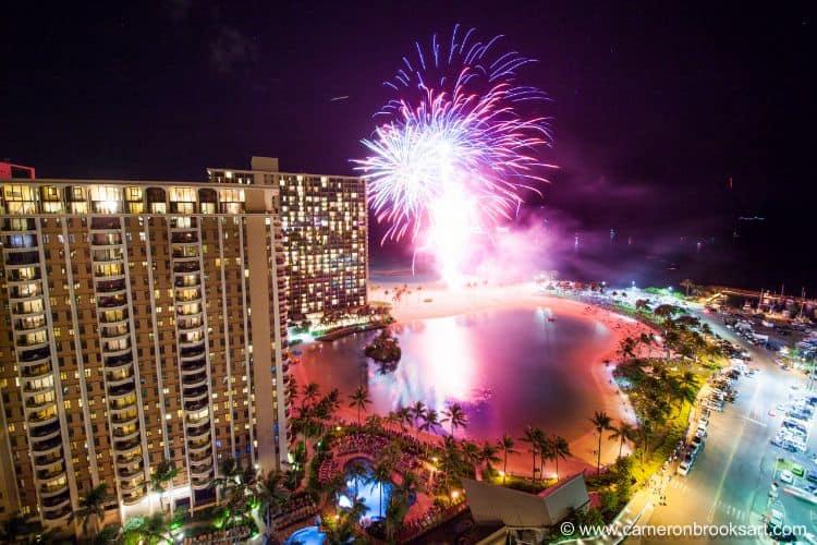 ilikai honolulu hotel fireworks