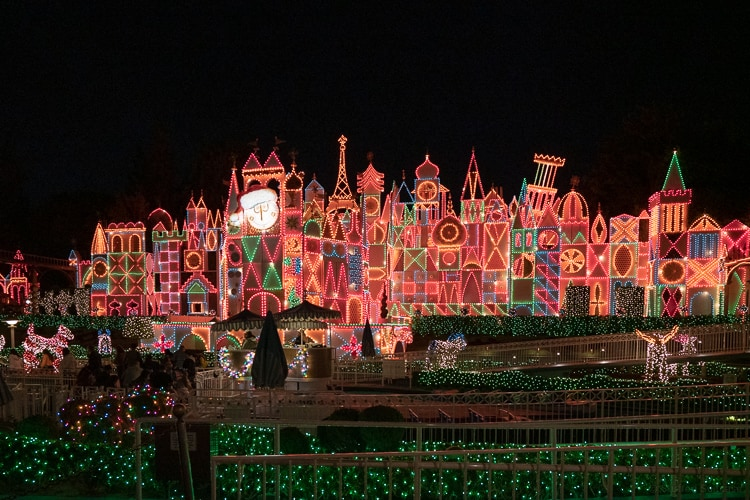 it's a small world christmas lights