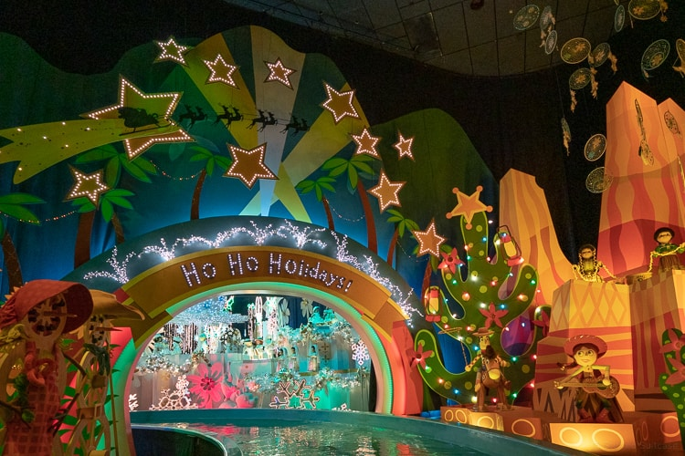 it's a small world holiday ride at Disneyland christmas