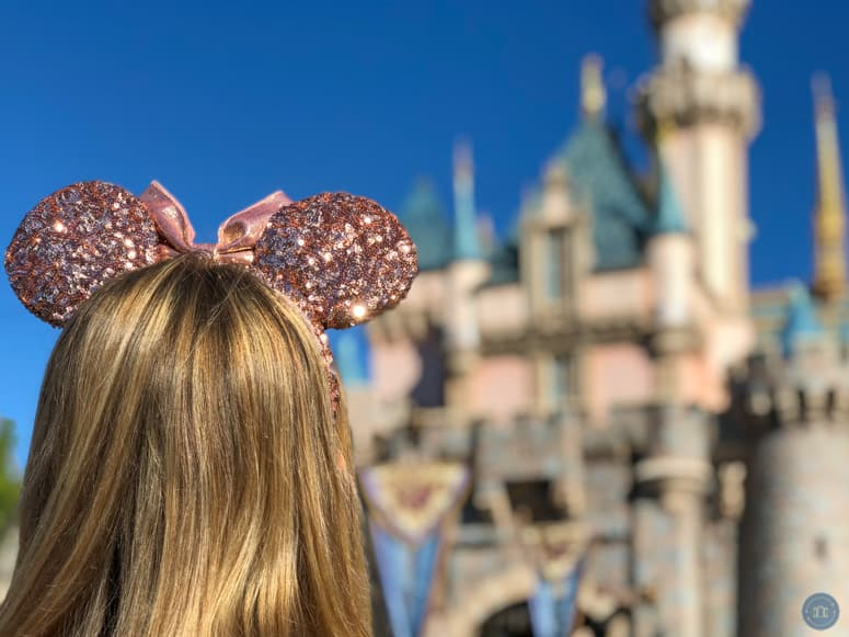 rose gold minnie ears at disneyland