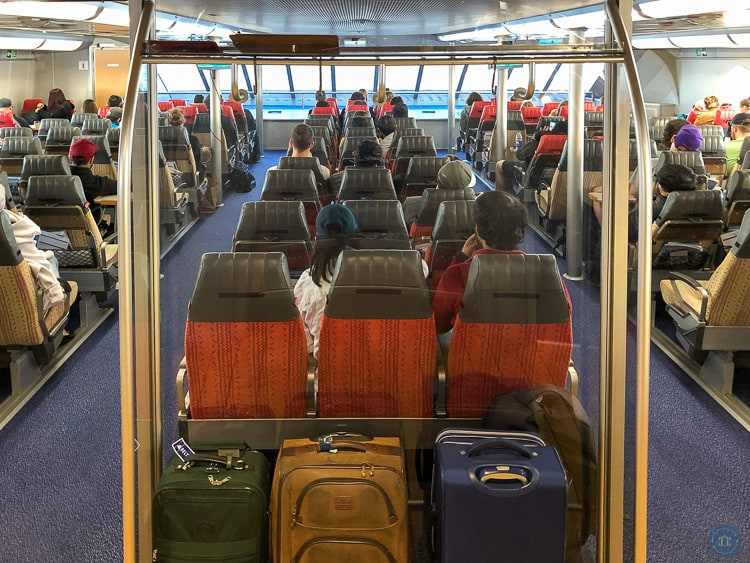 economy class seating on clipper