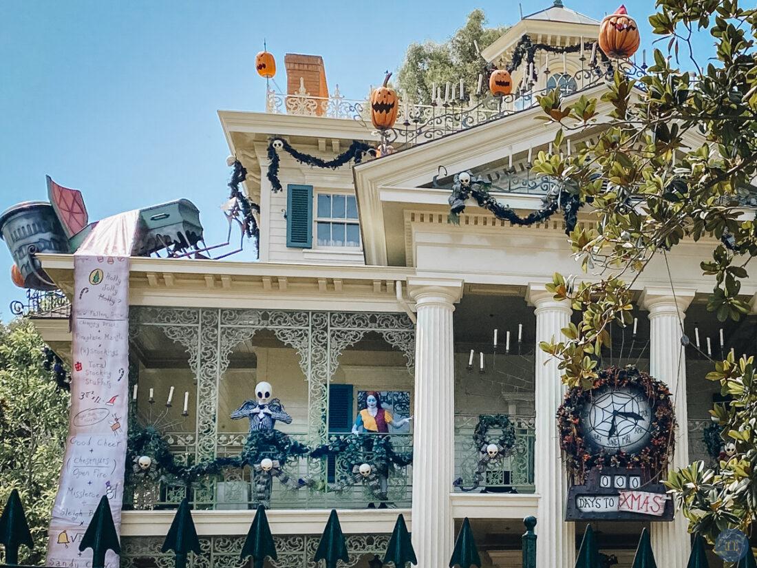 jack and sally at haunted mansion holiday in Disneyland