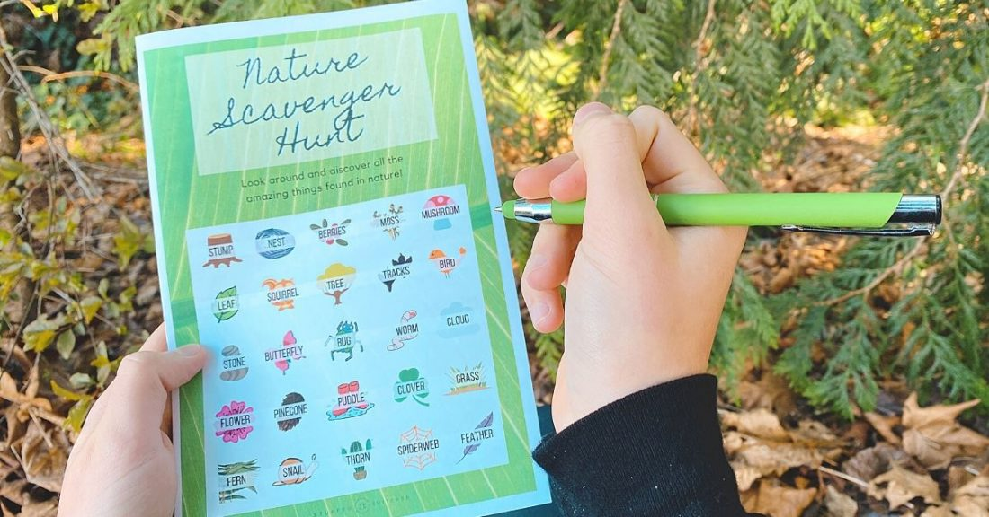 nature scavenger hunt for kids outdoors