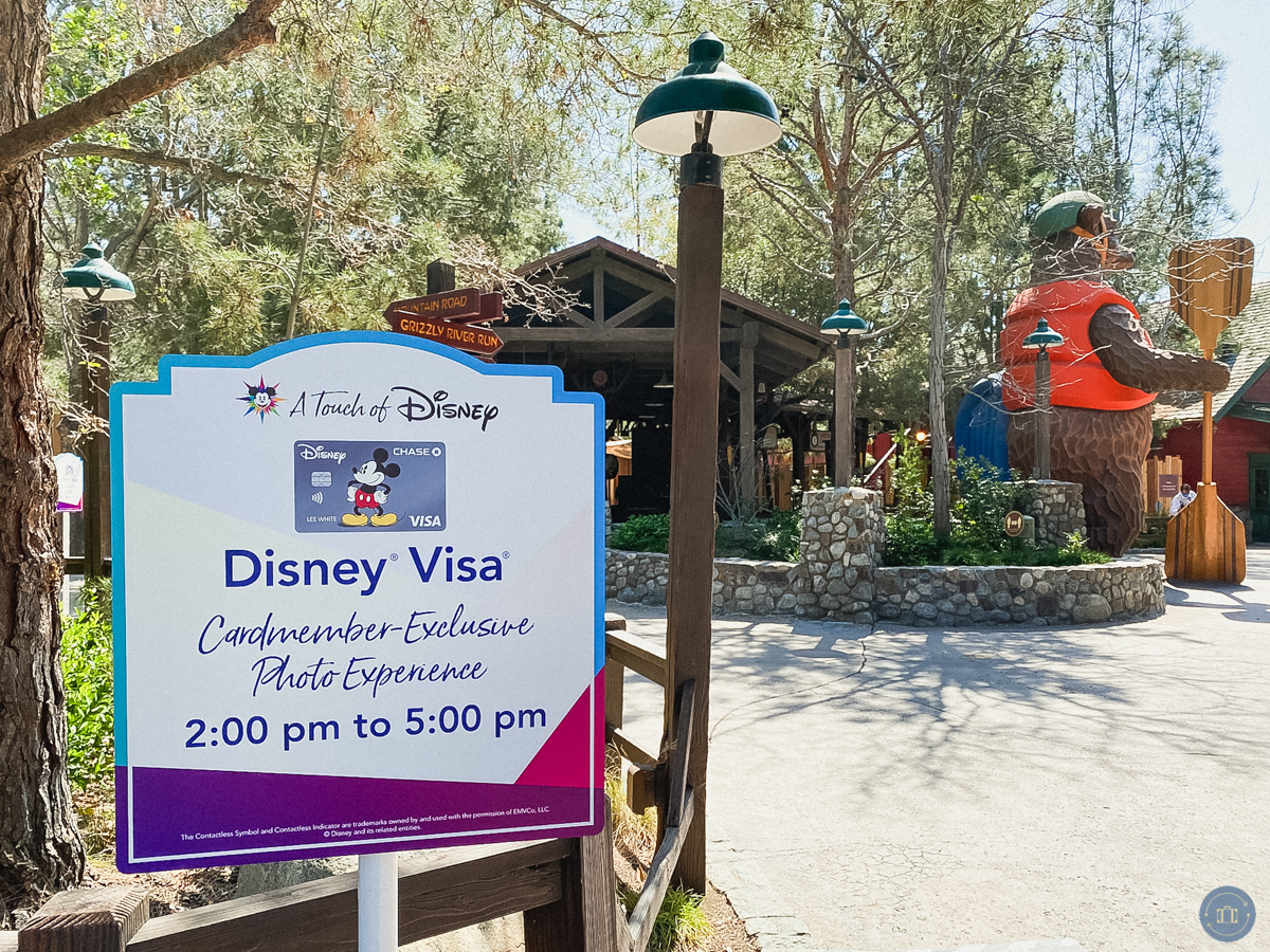 disney visa photo sign at grizzly rapids dca