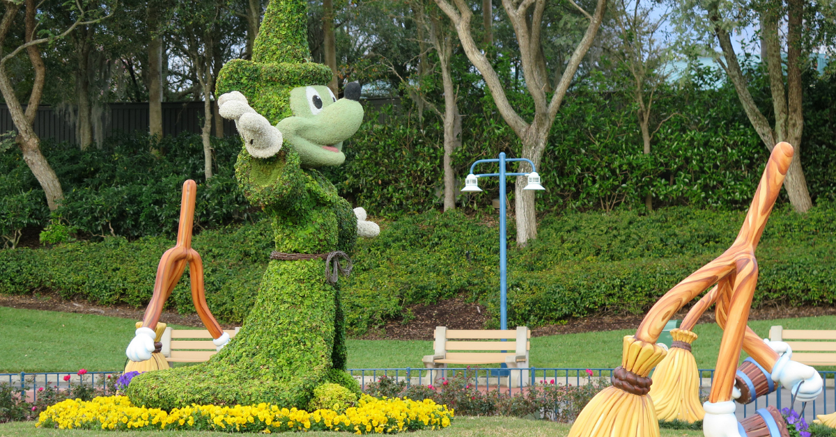 mickey topiary sculpture at walt disney world