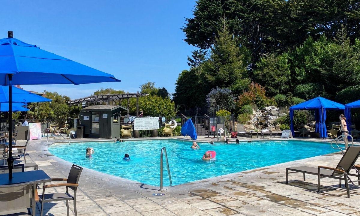 kids playing in pool at hyatt regency monterey