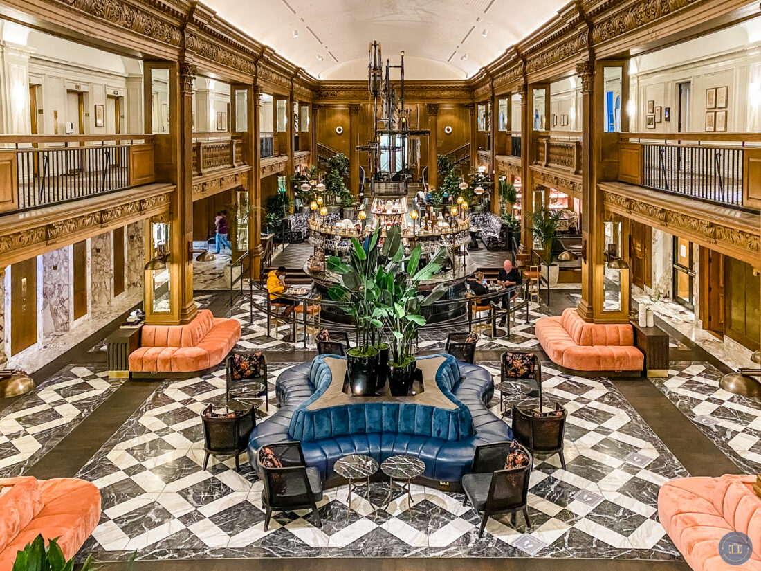 hotel lobby at fairmont olympic in seattle