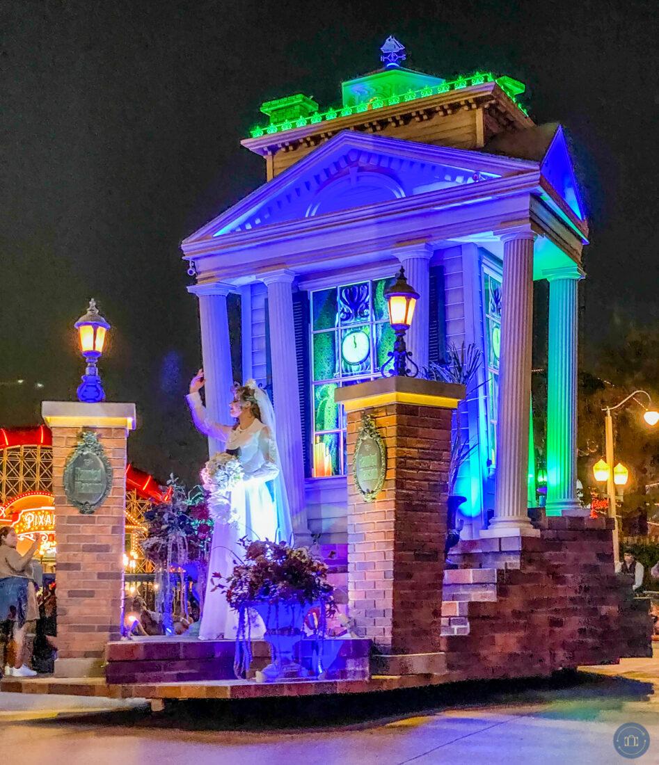 haunted mansion bride float during frightfully fun halloween parade at disneyland