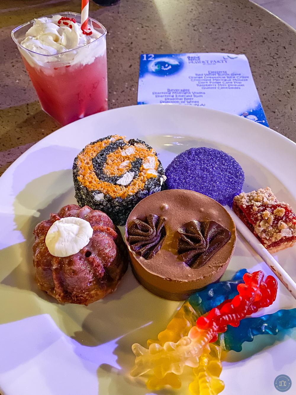 oogie boogie bash dessert plate